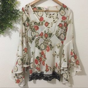 Miss Me White Floral Blouse With Bell Sleeves/Lace